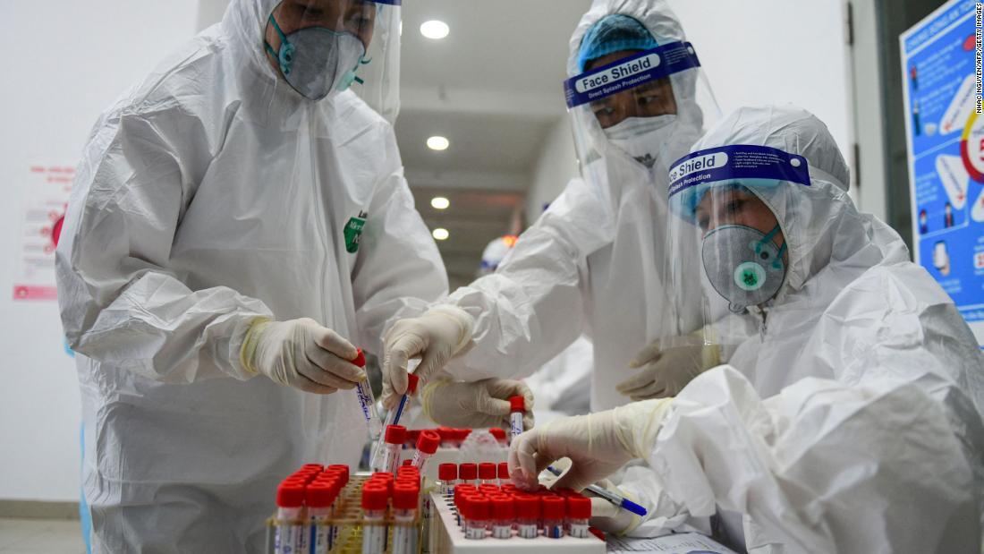 Il Vietnam scopre un nuovo sospetto coronavirus, una combinazione dei ceppi del Regno Unito e dell'India