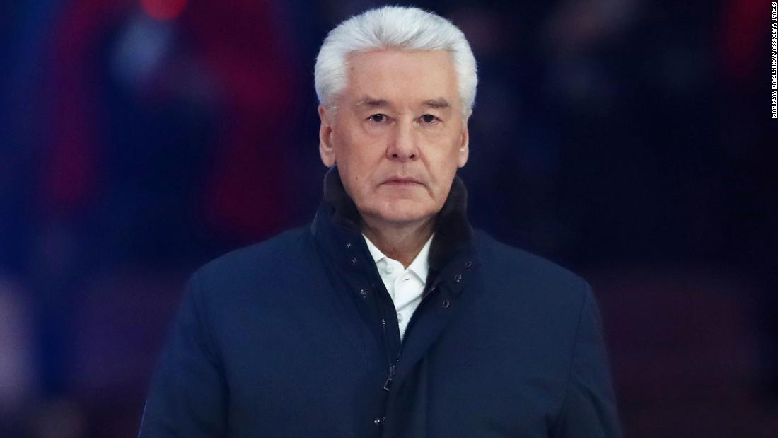 """Russia Covid-19: il sindaco di Mosca dichiara la settimana """"senza lavoro"""" per frenare la diffusione della malattia"""