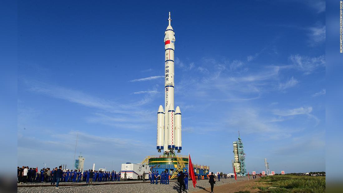 La Cina inizia il conto alla rovescia per la storica missione della stazione spaziale