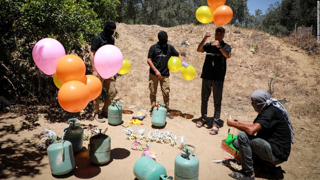Perché i palloncini legati agli esplosivi sono l'ultimo focolaio delle tensioni tra Israele e Hamas?