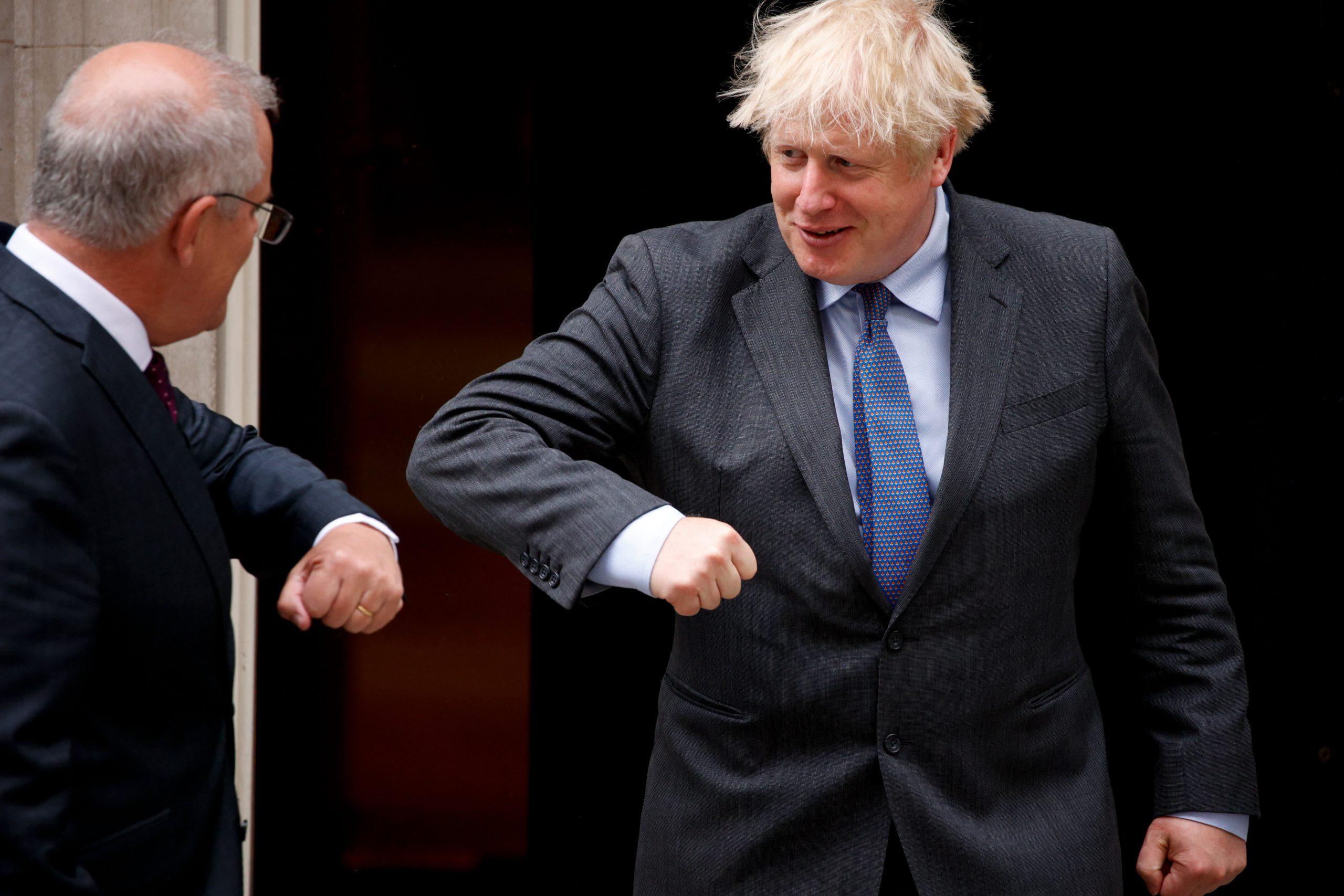 Il Regno Unito accetta un accordo commerciale post-Brexit con l'Australia