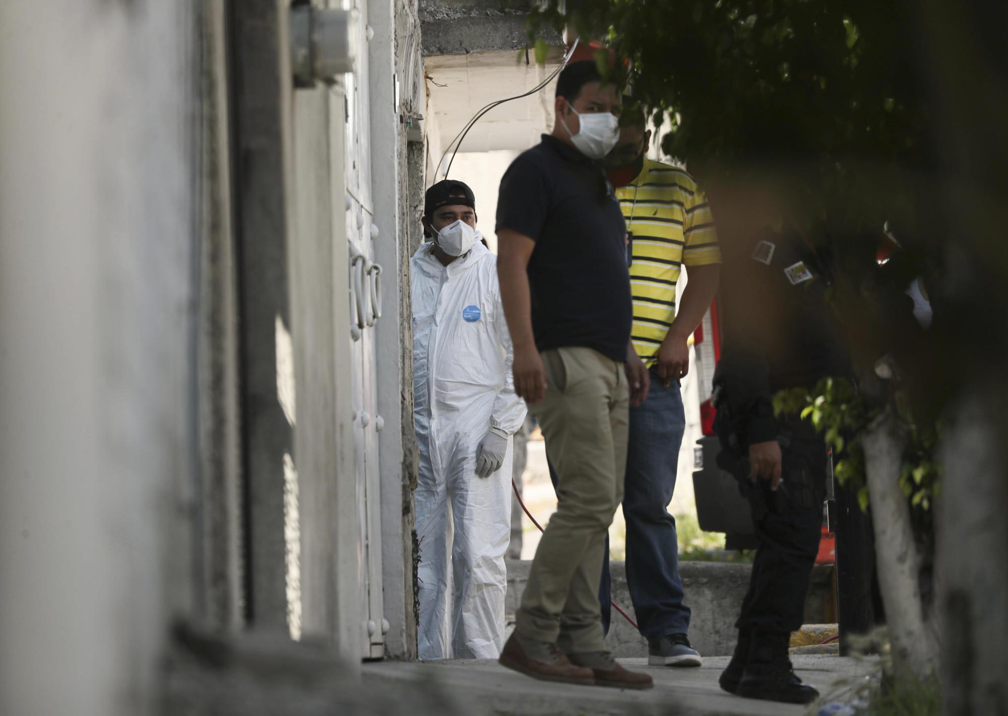 Le prove a casa di un serial killer in Messico parlano di 17 vittime